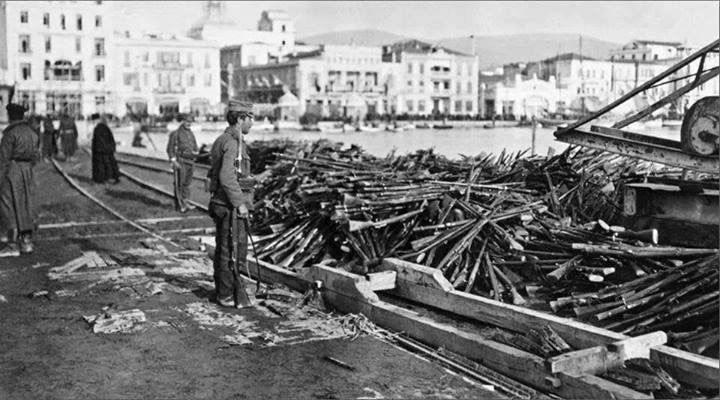 Selanik'i bakın kim verdi? 25 bin kişilik Osmanlı Ordusu savaşmadan teslim oldu