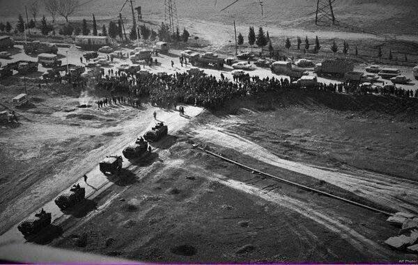 Rus tanklarına ölümüne direnen Azerbaycanlılar.. 1990